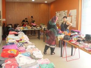 Mercat solidari entre dones dels programes de Surt